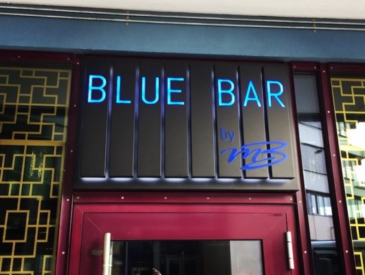 Led skilt Blue Bar